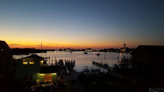 Ocracoke Harbor Inn: 20160619_205227_large.jpg