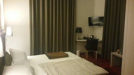 Hotel Palatina: 20160630_002745_large.jpg