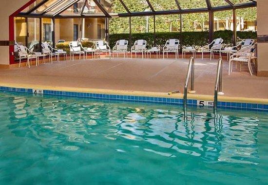 Courtyard Manassas Battlefield Park: Indoor Pool