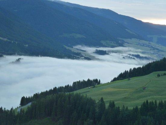 Vor Sonnenaufgang Picture Of Schone Aussicht Kartitsch Tripadvisor