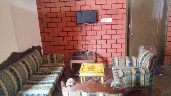 The only\'common\' t.v area with disconnected t.v set. - Picture of Le ...