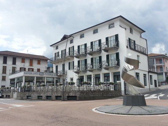 www.ristoranteleterrazzegravedona.it - Picture of Ristorante Le ...