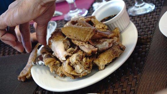 Mamita'sGrill Boracay: Crispy Pata