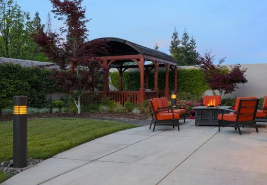 Courtyard Chico: Outdoor Patio - Gazebo