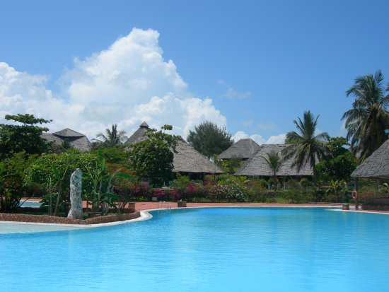 Dongwe Club: panorama villaggio dalla piscina
