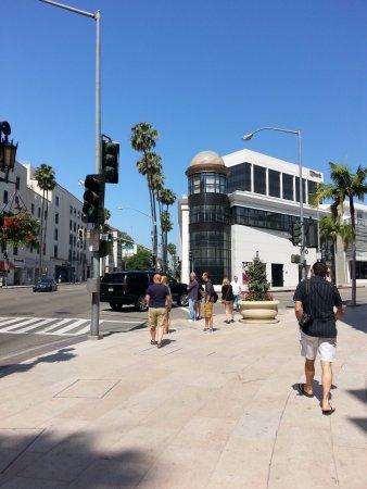 Beverly Hills, Kaliforniya: 10時頃行くと空いています
