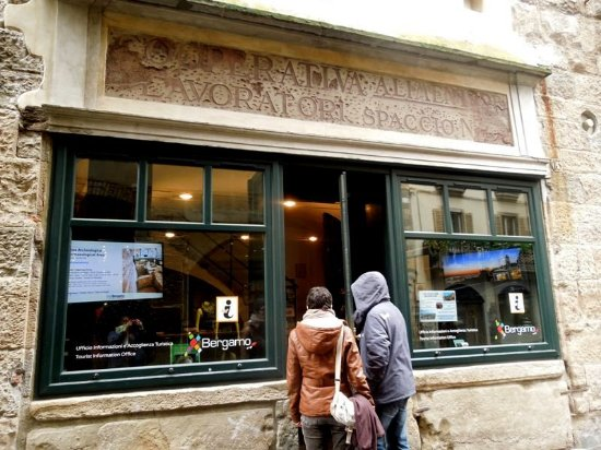 Ufficio I.A.T. Bergamo - Citta Alta