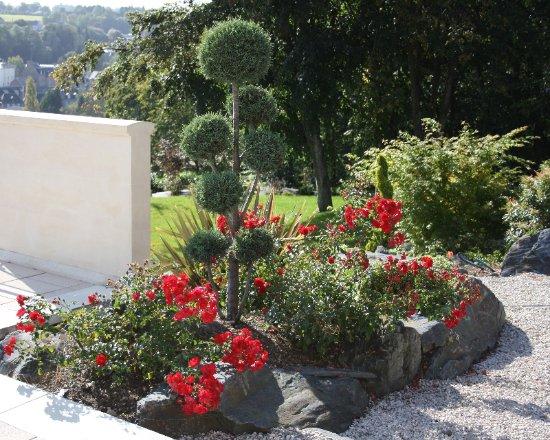 jardin paysager photo good architecte paysagiste with jardin paysager photo great sky garden. Black Bedroom Furniture Sets. Home Design Ideas