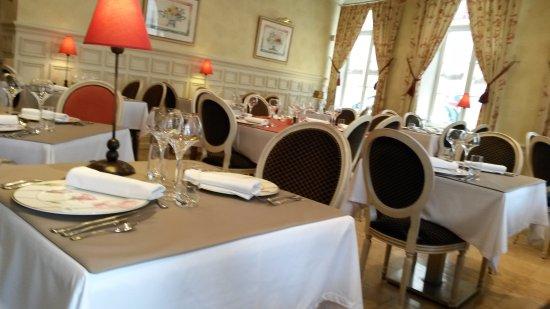 Restaurant le Cygne: salle de restaurant