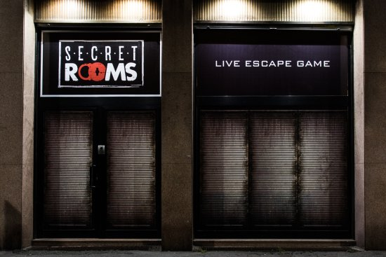 ‪Secret Rooms‬