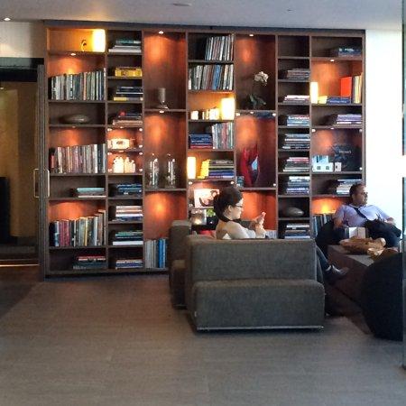 Park Hotel Amsterdam: un sector del lobby del hotel