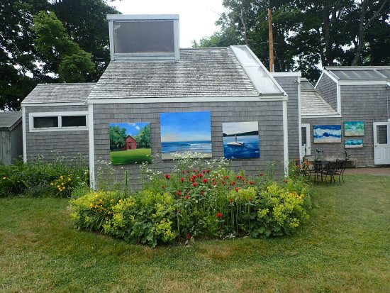 West Tisbury, Массачусетс: More art inside this building!