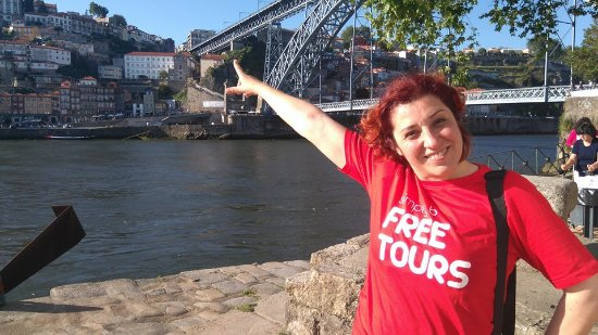 ‪Free Tours Porto by Simply B‬