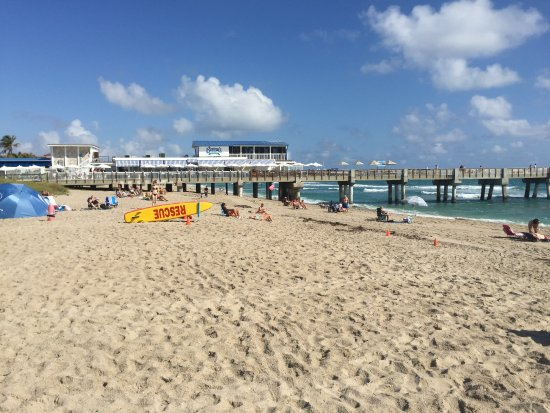Lake Worth Beach: Bennie's on the pier