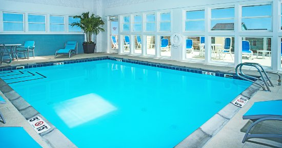 Holiday Inn Express Nags Head Oceanfront: Oceanfront Heated Indoor Pool