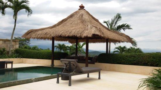Amanjiwo Resorts: AMANJIWO'S POOL