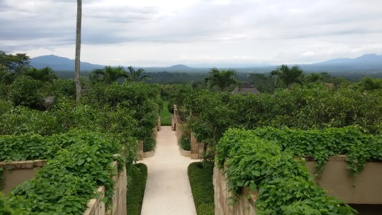 Amanjiwo Resorts: ACCESS TO RESTAURANT IN AMANJIWO