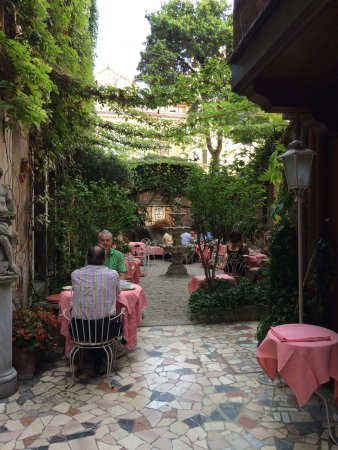 Hotel Flora: photo0.jpg