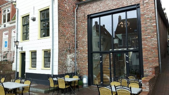 Appingedam, Nederland: Mooie locatie met uitzicht op de hangende keukentjes