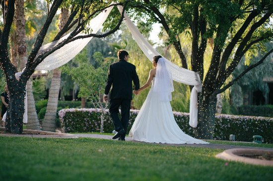 Las Vegas Weddings At The Grove Almond Orchard Wedding