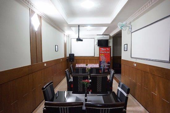 Metro, Indonesia: Ruang meeting Eksekutif