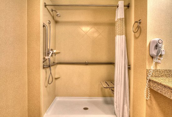 Roanoke Rapids, Karolina Północna: Roll In Shower