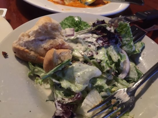 Malone's Steak & Seafood: Salad - House dressing was delicious
