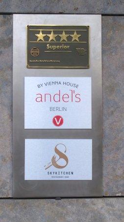 andel's by Vienna House Berlin: Esterna.