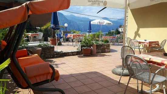 Hotel Pace: Terrasse...