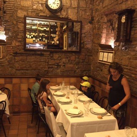Cal Pep: dinning room