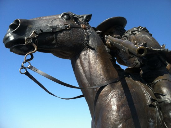 Oakley, KS: Buffalo Bill Sculpture