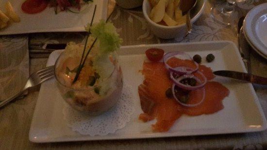 White Gables Restaurant : Salmone affumicato e cocktail di granchio