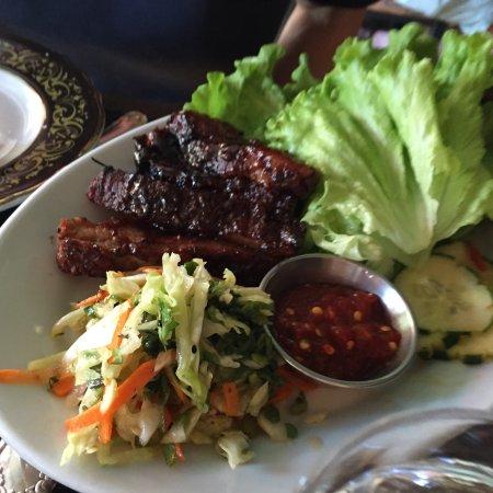 barVino: Pork belly lettuce wraps