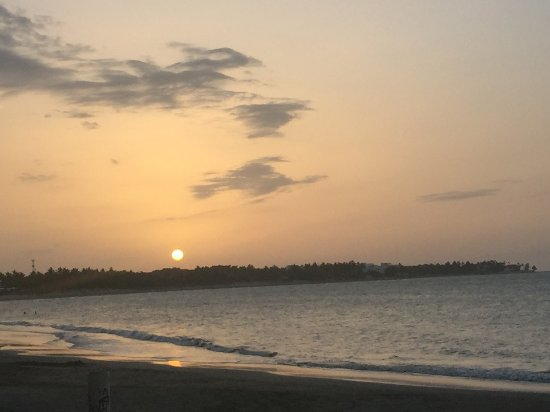 Кабарет, Доминикана: BEAUTIFUL SUN SET EACH EVENING