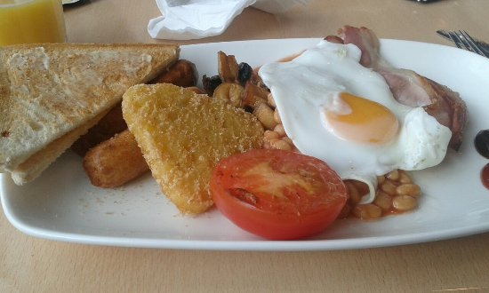 The Place Cafe Bar & Bistro: Breakfast full English worth £2.95 not worth £4.95