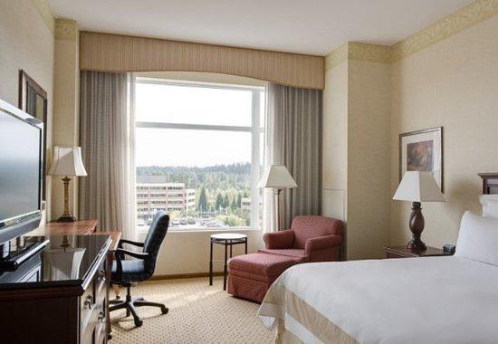 Redmond, WA: King Guest Room