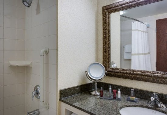 Redmond, واشنطن: Guest Bathroom