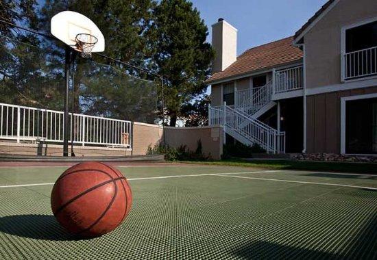 Residence Inn Boulder: Sport Court