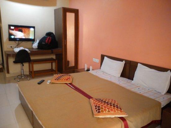 Shiv Hotel: Shiv