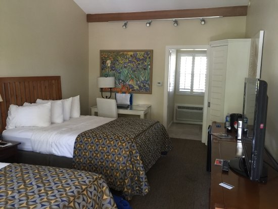The Dana on Mission Bay, BW Premier Collection: 2 queen beds. Nice and clean room!
