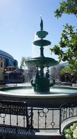 Buena Park, CA: Muy Divertido !!