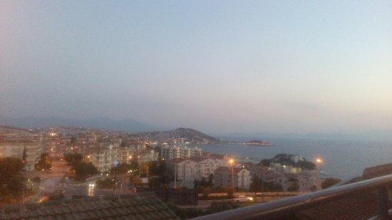 The Panorama Hill: TA_IMG_20160630_205649_large.jpg