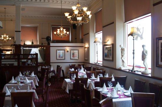 Piccolo Mondo: Dining Room