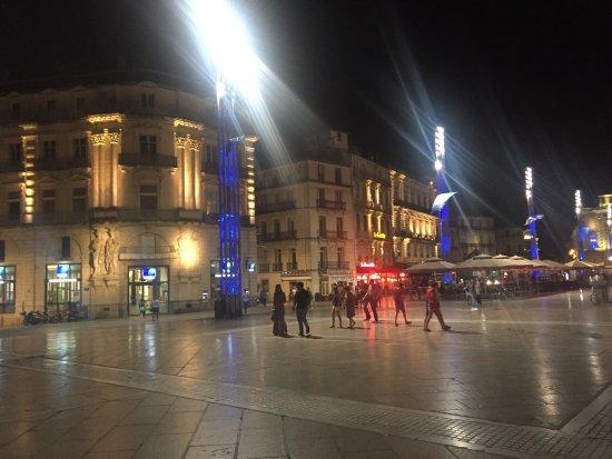 Place de la Comedie: photo1.jpg