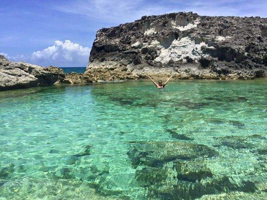 Exuma Cays Land and Sea Park: Rachel's Buble Bath!