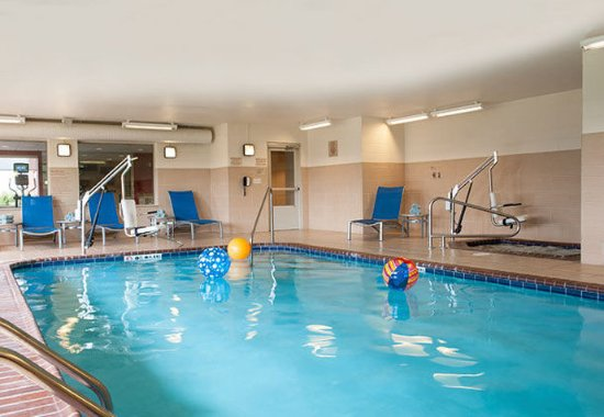 Johnston, IA: Indoor Pool
