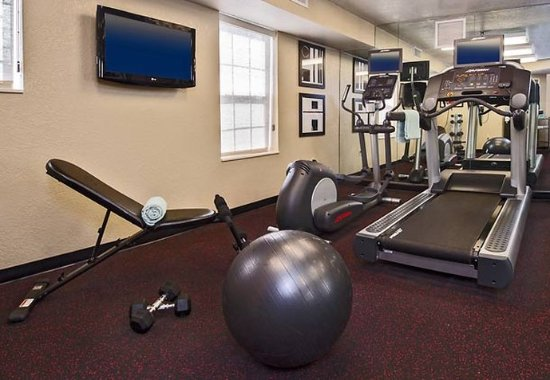 TownePlace Suites Chantilly Dulles South: Fitness Center
