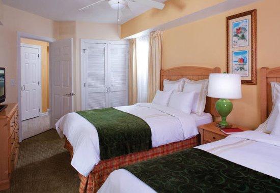 Marriott's Barony Beach Club: Villa Bedroom