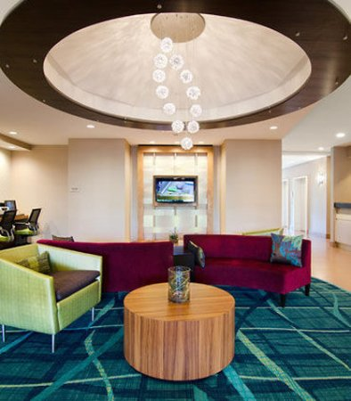 SpringHill Suites Nashville Airport: Lobby