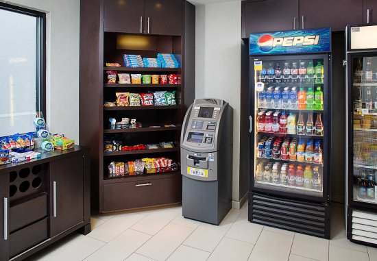 SpringHill Suites Manchester-Boston Regional Airport: The Market
